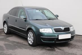 Škoda Superb 2.8 V6