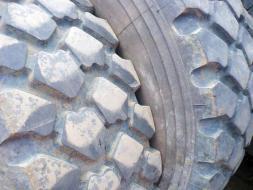 Ostatní Ostatní pneu Michelin R20 365 85 XZL 4638186-238724.jpg